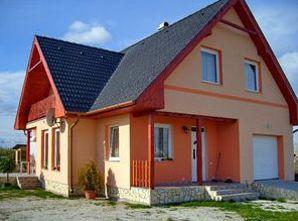 könnyűszerkezetes kész házak
